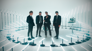 "ENTER SHIKARI • Le nouveau single ""Stop The Clocks"""