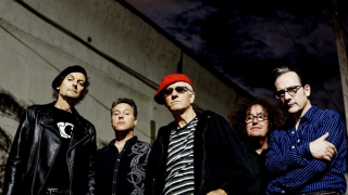 THE DAMNED • L'anthologie ultime le 1er novembre