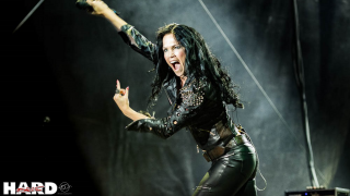 "Tarja Turunen • L'EP extra version de ""In The Raw"""