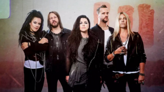 "EVANESCENCE • ""Use My Voice"", le nouveau single avec Lzzy Hale, Sharon den Adel, Taylor Momsen"