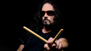 "Nick Menza • ""This Was My Life"" un documentaire sur le défunt batteur de MEGADETH"