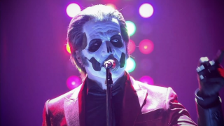 Papa Emeritus IV & THE HELLACOPTERS • Une reprise des ROLLING STONES