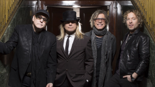 CHEAP TRICK Interview Robin Zander