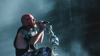 Five Finger Death Punch @ Le Plessis-Pâté (Download Festival) [10/06/2017]