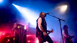 ENSLAVED + LOST IN KIEV + WOLVE @ Paris (Le Trabendo)