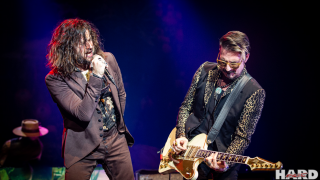 RIVAL SONS + MNNQNS @ Paris (Olympia)