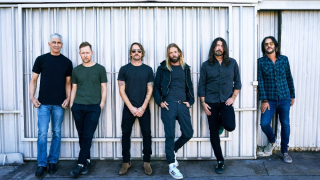 "FOO FIGHTERS • Un 3e single extrait de ""Medicine At Midnight"" dévoilé"