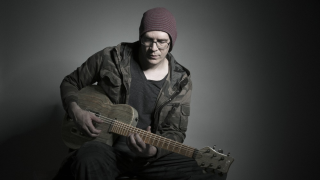 "Devin Townsend • Annonce du ""Acoustically Inclined - Live In Leeds"""