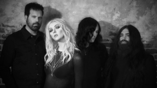 "THE PRETTY RECKLESS • Le making of du clip du single ""And So It Went"""