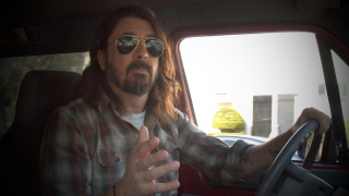 "Dave Grohl ""What Drives Us"", un nouveau documentaire fin avril."