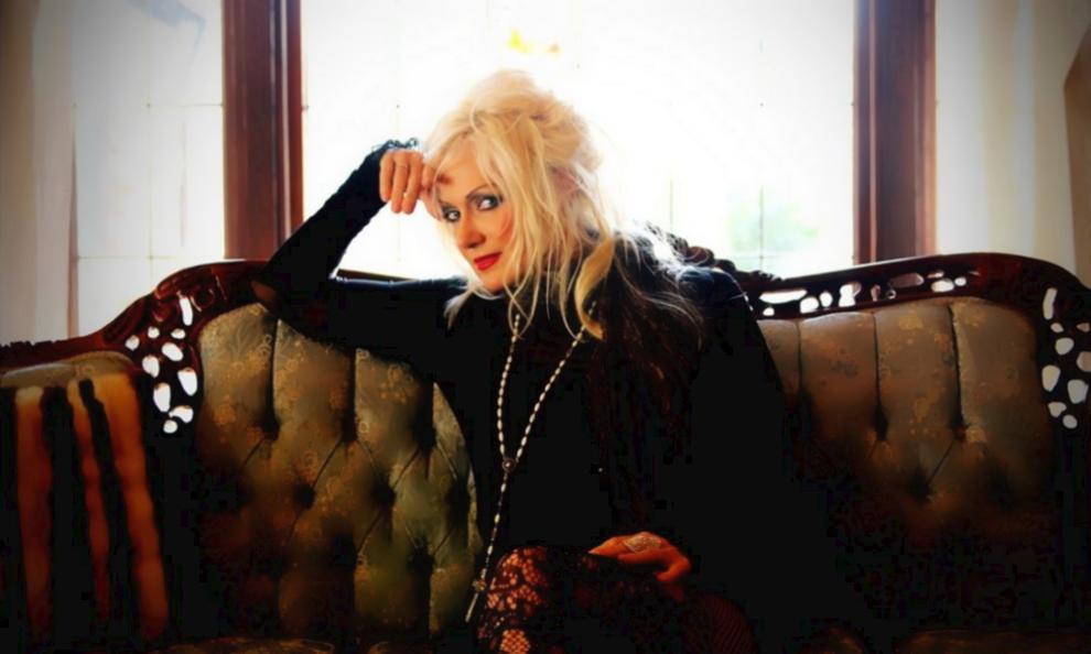 "Pamela Moore <span>• ""Sister Mary"" sort un nouvel album</span>"