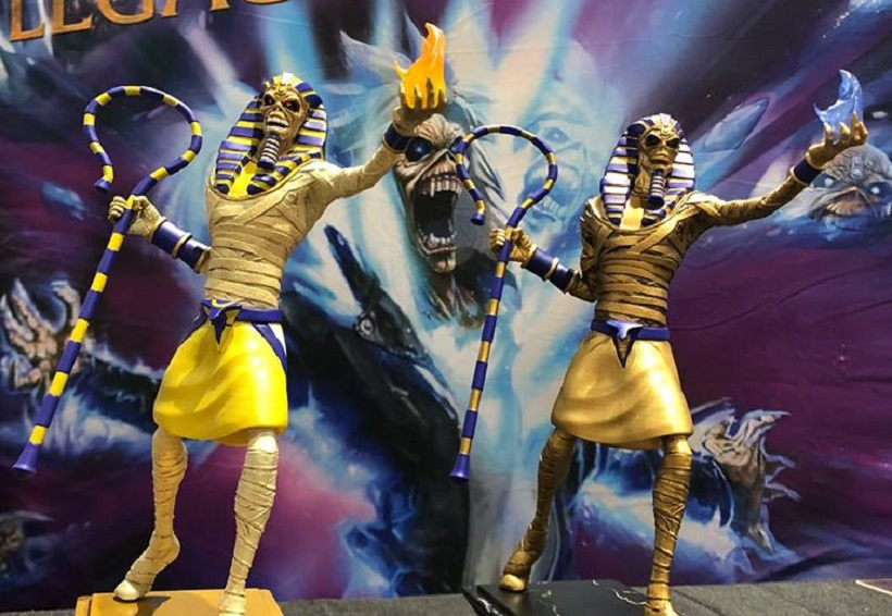 "IRON MAIDEN <span>• Des statues ""Legacy Of The Beast""</span>"