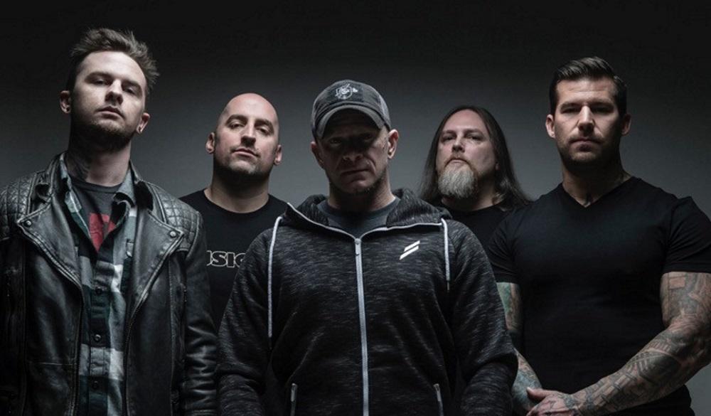 ALL THAT REMAINS <span>• Le groupe annonce son nouveau guitariste</span>