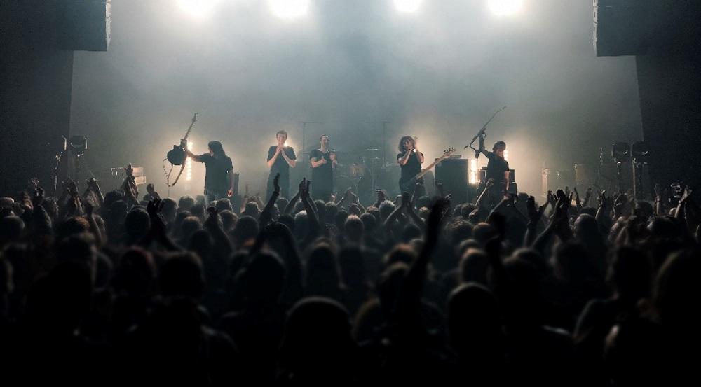 "KLONE ""Alive"", le 1er album live du groupe en juin."