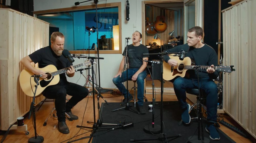 "AIRBAG Sortie de ""A Day In The Studio: Unplugged In Oslo"" en décembre"