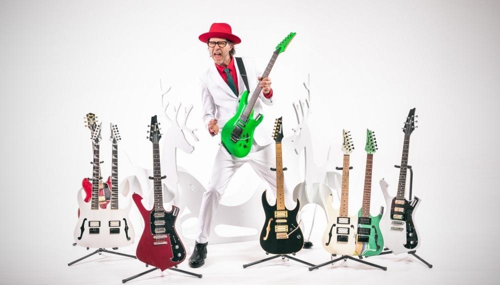 Paul Gilbert Le guitariste vous souhaite un Noël éclatant !